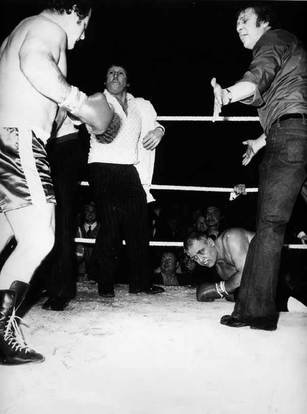 Roy Shaw knocking out Donnie the bull Adams inside 7 seconds